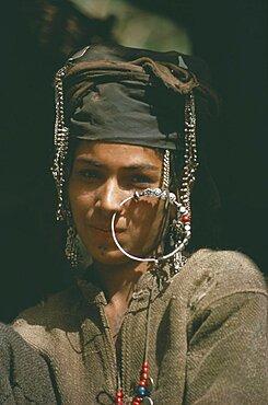 HIMALAYAS  Body Decoration Girl wearing large nose ring