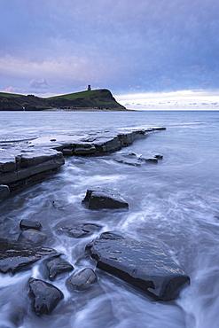 Stormy conditions at Kimmeridge Bay on the Jurassic Coast, UNESCO World Heritage Site, Dorset, England, United Kingdom, Europe