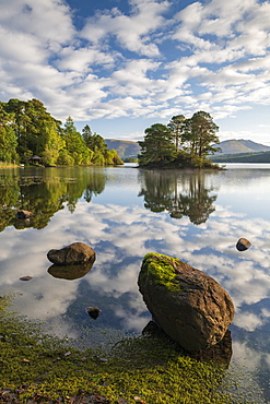 A perfect morning with reflections on Derwent Water in the Lake District National Park, UNESCO World Heritage Site, Cumbria, England, United Kingdom, Europe