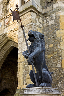 Lion statue guarding the medieval Bargate in Southampton, Hampshire, England, United Kingdom, Europe