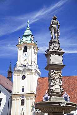 Old Town Hall and Roland's Fountain in Hlavne Nam (Main Square), Bratislava, Slovakia, Europe