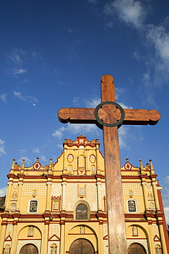 Wooden cross in front of the Cathedral of San Cristobal, founded in 1528, San Cristobal de las Casas, Chiapas, Mexico, North America