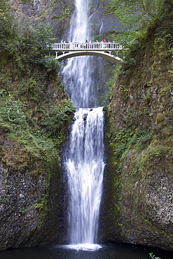 Multnomah Falls, east of Troutdale, Oregon, United States of America, North America