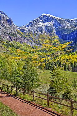 Fall colours, Telluride, Western San Juan Mountains in the background, Colorado, United States of America, North America
