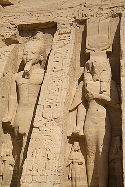 Rock-hewn statues of Ramses II on left, and Queen Neferatri on right, Hathor Temple of Queen Nefertari, Abu Simbel, UNESCO World Heritage Site, Egypt, North Africa, Africa