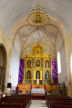 Altar with original frescoes, Former Convent San Miguel Arcangel, founded 1541 AD, Route of the Convents, Mani, Yucatan, Mexico, North America