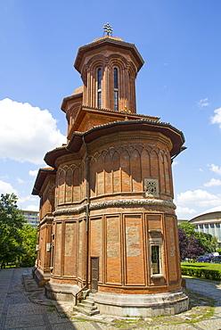 Kretzulescu Church, dating from 1720, Budapest, Romania, Europe