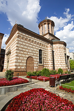 Church of St. Anthony, reconstructed in 1673, Old Town, Bucharest, Romania, Europe