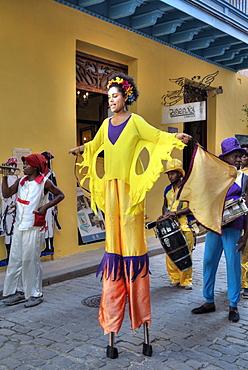 Stilt Dancers, Old Town, UNESCO World Heritage Site, Havana, Cuba, West Indies, Caribbean, Central America