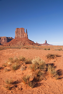 Monument Valley NavajoTribal Tribal Park, West Mitten Butte, Utah, United States, North America