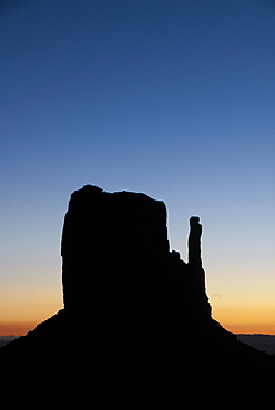 Monument Valley Navajo Tribal Park, East Mitten, sunrise,