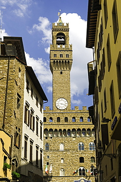 View towards the Tower of the Palazzo Vecchio, Florence, UNESCO World Heritage Site, Tuscany, Italy, Europe