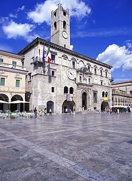 Piazza del Popolo, Ascoli Piceno, Marche, Italy, Europe