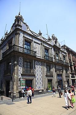 Sanborns department store, Casa de los Azulejos (House of Tiles), originally a palace, Mexico City, Mexico, North America