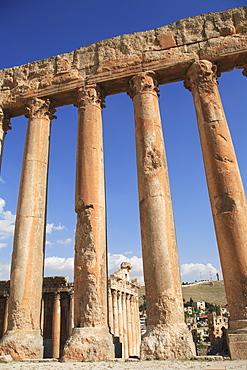 Temple of Jupiter, Baalbek temple complex, UNESCO World Heritage Site, Bekka Valley, Lebanon, Middle East