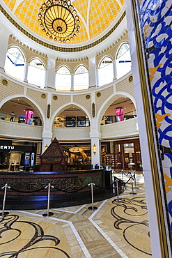 Entrance to the Gold Souk, Dubai Mall, Dubai, United Arab Emirates, Middle East