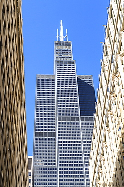 Willis Tower, formerly the Sears Tower, completed in 1973, at the time it was the tallest building in the world, Chicago, Illinois, United States of America, North America