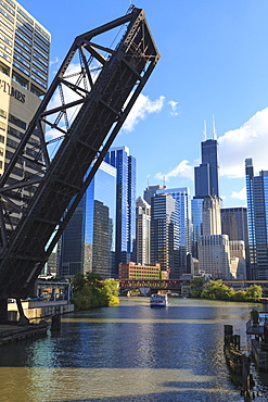 Chicago River and Downtown towers, Willis Tower, formerly the Sears Tower in the background, a raised disused railway bridge in the foreground, Chicago, Illinois, United States of America, North America