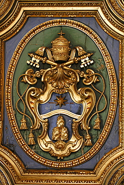 Pope's coat of arms in San Clemente basilica, Rome, Lazio, Italy, Europe