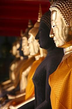 Golden Buddhas at Wat Po, Bangkok, Thailand, Southeast Asia