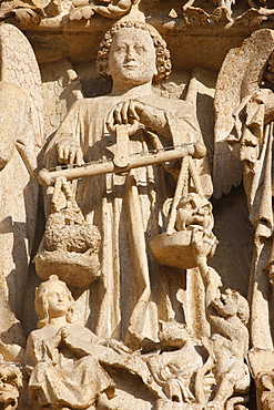 St. Michael and the weighing of souls, Last Judgment tympanum, Central Gate, Amiens Cathedral, UNESCO World Heritage Site, Amiens, Somme, France, Europe