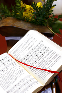 Psalms in a church, Aggsbach, Austria, Europe