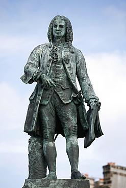 Statue of Mahe de la Bourdonnais, St. Malo, Ille-et-Vilaine, Brittany, France, Europe