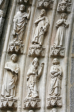 Porch detail dating from the 14th century, Saint-Samson cathedral, Dol-de-Bretagne, Ille-et-Vilaine, Brittany, France, Europe
