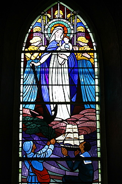 Stained glass window of First World War veterans praying, Mont-Dol chapel, Mont-Dol, Ille-et-Vilaine, Brittany, France, Europe