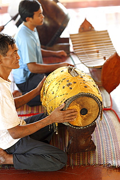 Cambodian orchestra in a pagoda, Siem Reap, Cambodia, Indochina, Southeast Asia, Asia