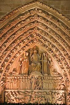 Tympanum of the Last Judgement. Notre-Dame de Paris cathedral, Paris, France, Europe