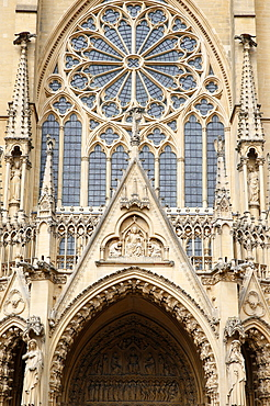 West facade, Metz Cathedral, Metz, Lorraine, France, Europe