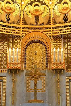 Jesus Christ on the Cross, Steinhof Church built by Otto Wagner between 1902 and 1907, Vienna, Austria, Europe