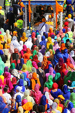Hola Mohalla, procession during the Sikh new year, in Bobigny, France, Europe