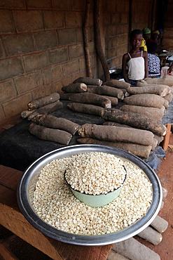 Corn and cassava in an African market, Togo, West Africa, Africa