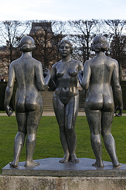 Aristide Maillol, Les Trois Graces, Jardin des Tuileries, Paris, France, Europe