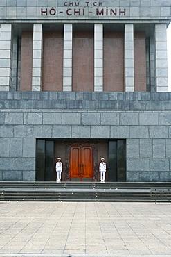 Guards at entrance, Ho Chi Minh Mausoleum, Hanoi, Vietnam, Indochina, Southeast Asia, Asia