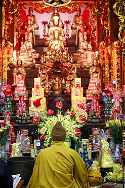 Buddhist ceremony, Chua Thanh Buddhist temple, Lang Son, Vietnam, Indochina, Southeast Asia, Asia