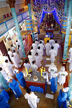 Cao Dai temple, worshippers at service, Phu Quoc, Vietnam, Indochina, Southeast Asia, Asia