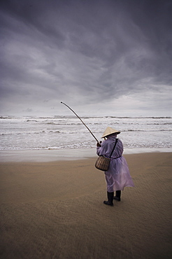 Beach fisherman, China Beach, Da Nang, Vietnam, Indochina, Southeast Asia, Asia