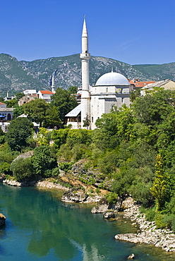 Mosque in the old town of Mostar, UNESCO World Heritage Site, Bosnia-Herzegovina, Europe