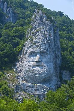 Monument to King Decebalus, Portille de Fier (Iron gate), Danube Valley, Romania, Europe