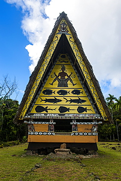 Old bai, a chief's house on the Island of Babeldoab, Palau, Central Pacific, Pacific