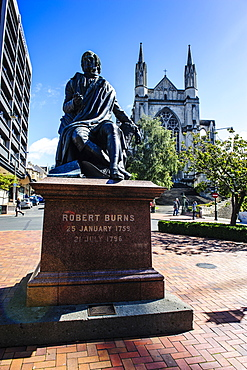 Robert Burns memorial on the Octagon, Dunedin, Otago, South Island, New Zealand, Pacific