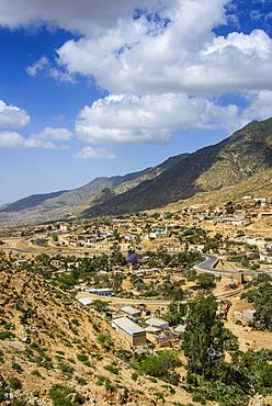 The town of Nefasi below the Debre Bizen monastery along the road from Massawa to Asmara, Eritrea, Africa