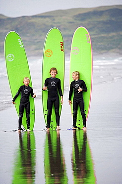 Surfing in Mt Maunganui, New Zealand - 817-104099