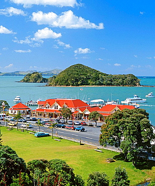 Paihia waterfront and Visitors' Centre Bay of Islands Northland New Zealand