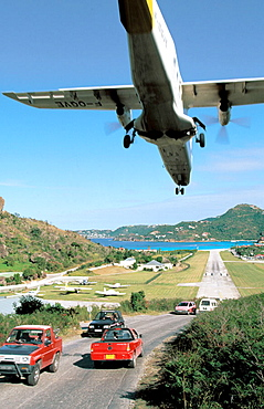 Plane landing at airport, St, Jean Bay, St, Barts, Caribbean