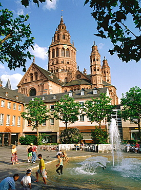 Saint Martins Cathedral, Mainz, Germany
