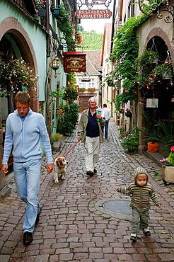 Sep 2008 - Street scene, Riquewihr, Alsace, France
